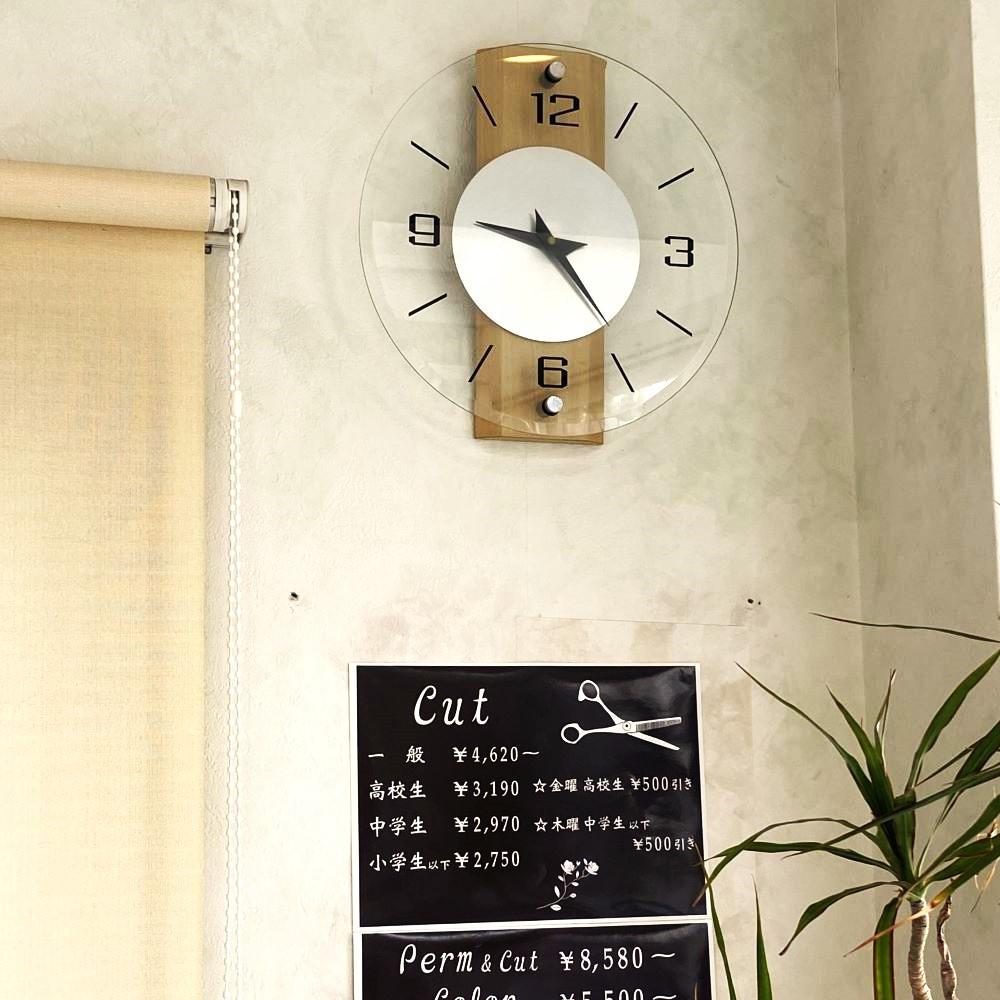フィックスクリエイティブヘアの時計